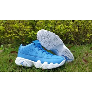 buy online f10fe a3293 Air Jordan Retro 9 Pantone Low Mens Lifestyle Shoe (University  Blue/Black/White)