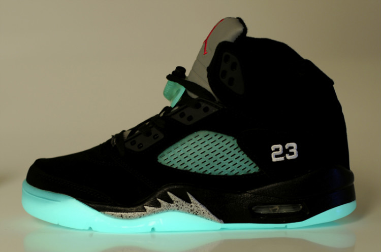 ... Air Jordan 5 Glow In The Dark Black Silver ...